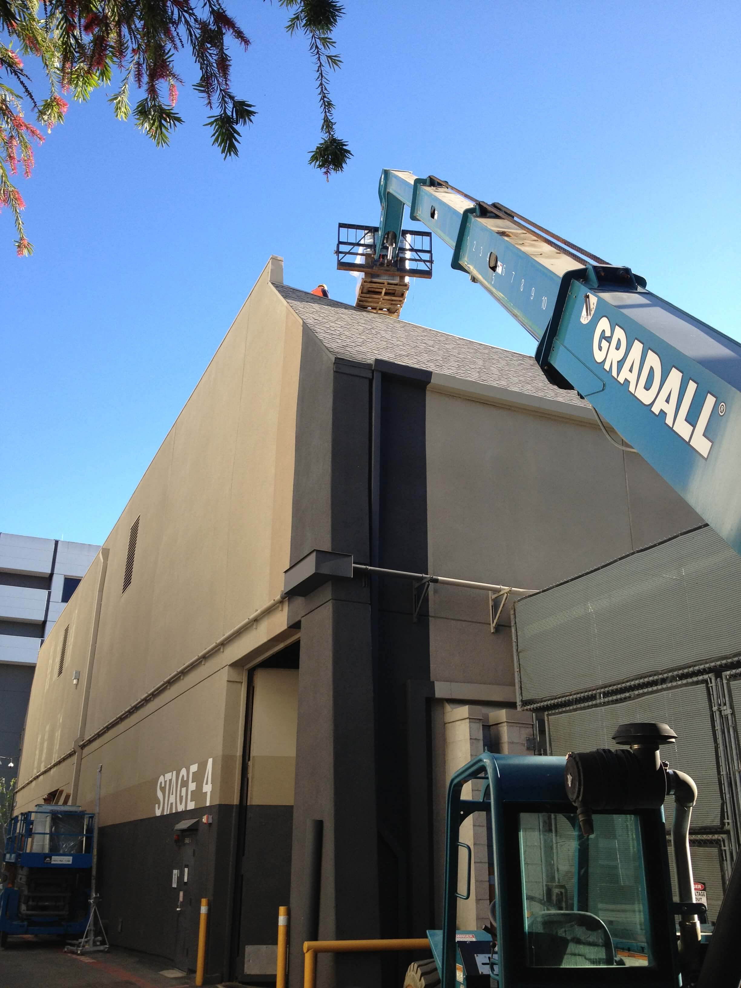 Industrial-roof-loading